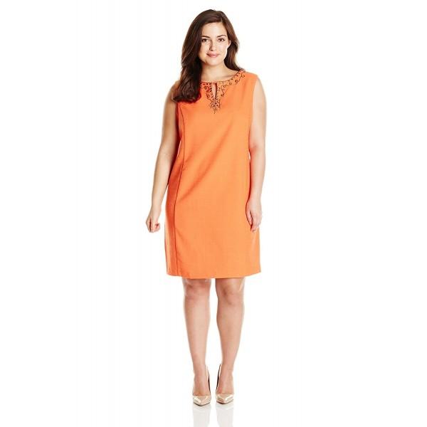 Sandra Darren Plus Size Sleeveless Embellished